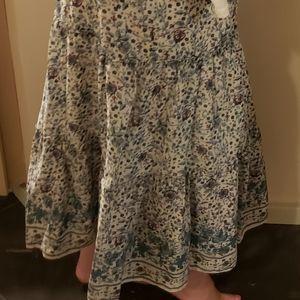 Max Studio Floral Skirt. Size L. NWT. Beautiful.